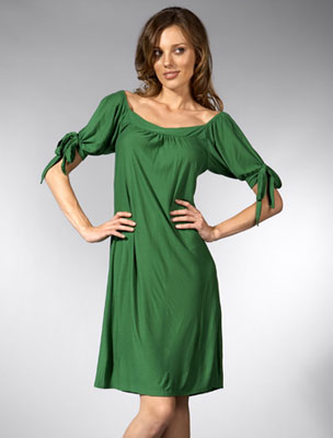 http://zforza.typepad.com/photos/uncategorized/2008/07/16/tbags_apple_dress.jpg